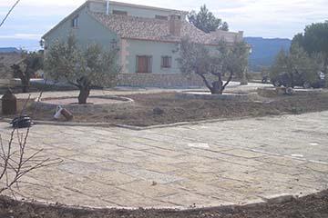 Construcción de Chalet y jardines